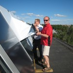 Solar collectors installed on the roof of housing company Oy Pohjolankatu 18-20.